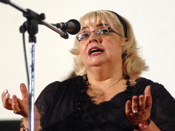 Irina Margareta Nistor va fi premiata la Halloween Charity Ball 2014