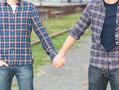 Imaginea articolului STUDIU: Americanii se simt inconfortabil atunci când persoanele gay îşi exprimă afecţiunea în public