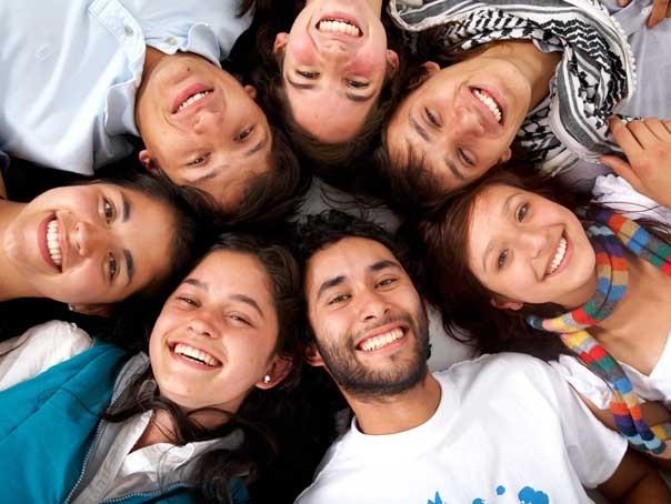 STUDIU: Ce presupune prietenia adevarata