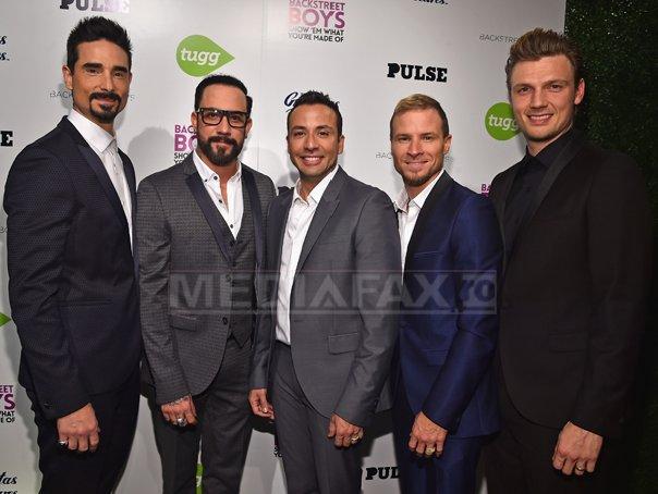 Cea mai mare scrisoare din România, adresată de fanii români trupei Backstreet Boys