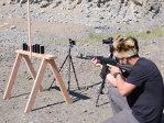 Imaginea articolului Test inedit: De câte iPhone-uri este nevoie pentru a opri un glonţ - VIDEO