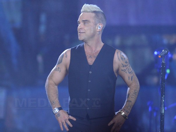 http://storage0.dms.mpinteractiv.ro/media/1/1/4728/14607122/7/robbie-williams3-octav-ganea.jpg
