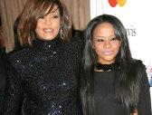 A MURIT Bobbi Kristina Brown, fiica lui Whitney Houston. Avea doar 22 de ani - VIDEO