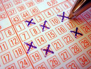 LOTO 6 DIN 49, LOTO 5 DIN 40, JOKER ŞI NOROC: Numerele extrase!