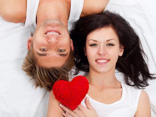 MESAJE de VALENTINE'S DAY. Urări romantice, amuzante sau citate celebre pentru îndrăgostiţi