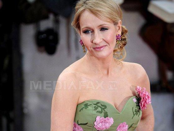 """Imaginea articolului J.K. Rowling a dezvăluit cum i-a fost respins, iniţial, manuscrisul pentru """"Harry Potter"""" - GALERIE FOTO"""