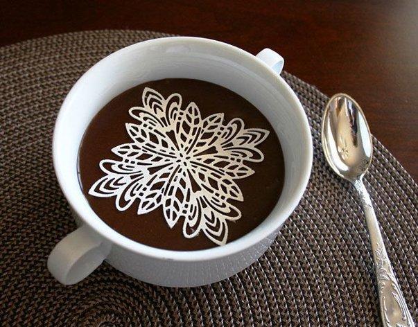 Imaginea articolului TOP 10 Cadori perfecte de sărbători pentru iubitorii de cafea: De la decoraţiuni savuroase, până la molecule - GALERIE FOTO
