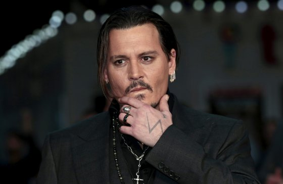 Imaginea articolului Foştii manageri ai lui Johnny Depp: Actorul cheltuie două milioane de dolari pe lună