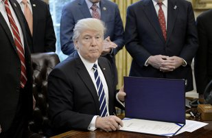 Zilele lui Trump la Casa Albă. DEMISIA va veni în următoarele săptămâni. Va fi probabil a doilea cel mai SCURT mandat din istorie