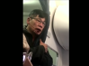 Imaginea articolului Twitter, acuzat că ar şterge postările negative despre incidentul dintr-un avion United Airlines în care un pasager a fost târât afară din aeronavă