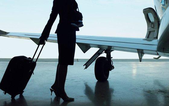Imaginea articolului Stewardesa care a supravieţuit după ce s-a ARUNCAT din avion. A căzut de la 10.000 de metri înălţime, fără paraşută