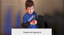Imaginea articolului Copilul din imagini este speriat de faptul că trebuie să îşi scoată un dinte. Cum reacţionează fratele lui mai mic
