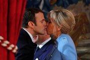 De SENZAŢIE! Cum a apărut prima doamnă a FRANŢEI la reuniunea oficială a celor mai puternici oameni ai planetei. Le-a tăiat respiraţia lui Trump şi Macron