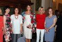 Imaginea articolului Melania Trump a purtat un sacou de peste 50.000 de dolari, în Sicilia, la întâlnirea cu celelalte soţii ale liderilor lumii
