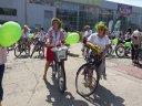 Imaginea articolului GALERIE FOTO Timişorenii au pedalat în costume populare pe străzile oraşului. Cele mai frumoase costume, premiate