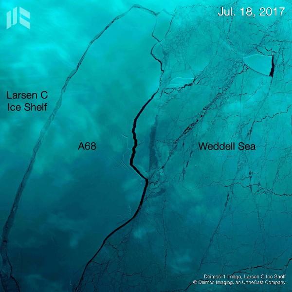 Foto Imagini Din Satelit Cu Aisbergul Urias Care S A Desprins