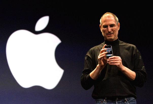 Imaginea articolului Povestea iPhone-ului, o istorie marcată de secrete, ambiţie şi ură între două minţi de geniu. Lecţia pe care a vrut să i-o dea Steve Jobs lui Bill Gates