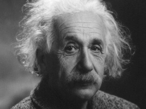 Imaginea articolului În 1922, un curier i-a livrat un mesaj lui Einstein. Ce i-a dăruit în schimb fizicianul, spunându-i că va avea să valoreze mulţi bani în viitor, s-a vândut acum la licitaţie, cu 1,56 milioane dolari