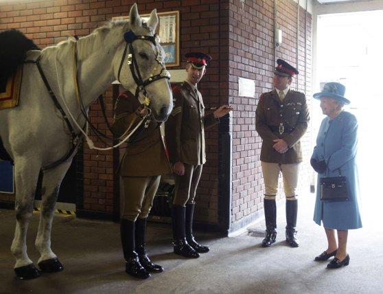 Imaginea articolului Regina Elisabeta a II-a a obţinut aproape 9 milioane de dolari din cursele de cai
