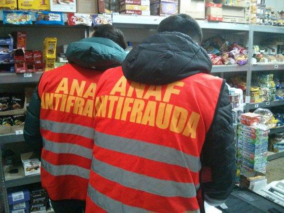 Imaginea articolului Preţurile de la magazinele ANAF. Cum îţi poţi cumpăra o maşină sau o casă confiscată