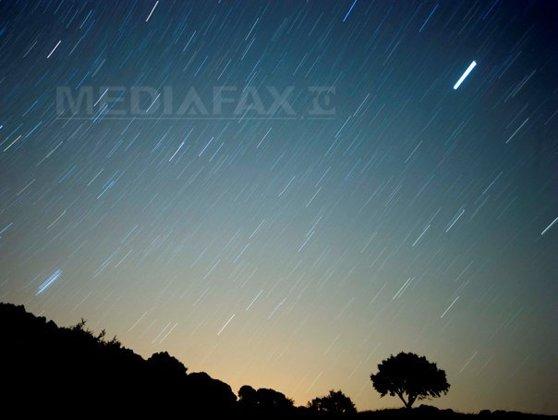 Imaginea articolului Ploaie spectaculoasă de meteori, în ACEASTĂ NOAPTE. Cum o puteţi vedea LEONIDELE, care vor mai apărea abia în 2032