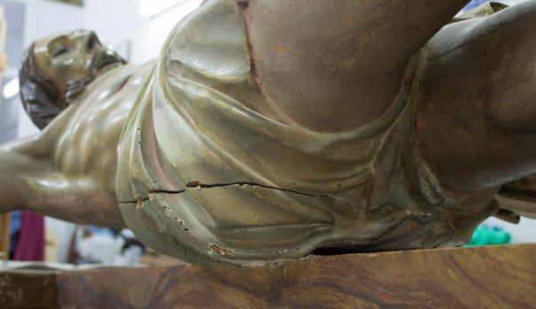 Imaginea articolului ''Capsulă a timpului'', descoperită în statuia lui Iisus din catedrala Sf. Agueda. Manuscrisul misterios lăsat cu secole în urmă | FOTO, VIDEO