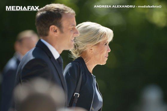 Imaginea articolului Drama prin care a trecut Brigitte Macron, când s-a aflat că are o idilă cu elevul ei adolescent