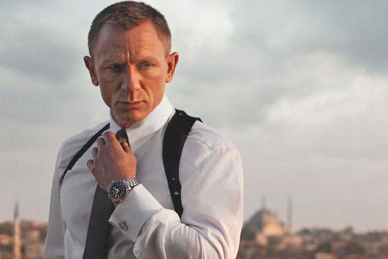 Are doar 24 de ani, dar ar putea face istorie, devenind noul James Bond. Ce nume-surpriză apare pe lista potenţialilor înlocuitori ai lui Daniel Craig