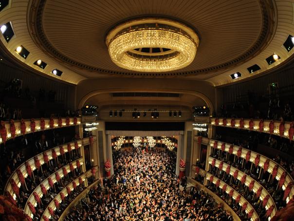 Imaginea articolului Ioan Holender, fost director al Operei din Viena, s-a retras din Asociaţia Timişoara CCE 2021