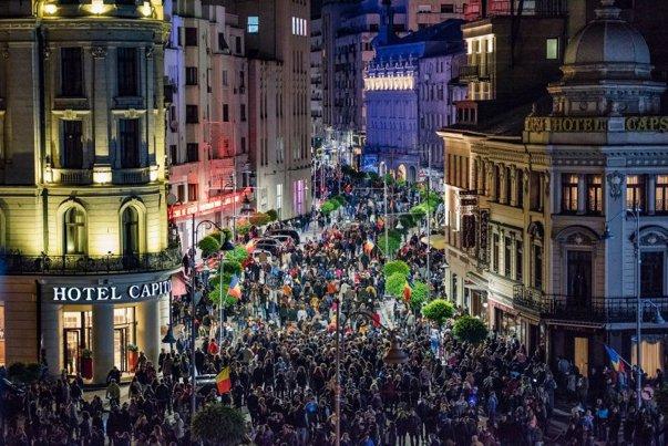 Imaginea articolului Festivalul Spotlight, vizitat de de 500.000 de persoane/ Primăria Capitalei a anunţat câştigătorul marelui premiu de 5.000 de euro