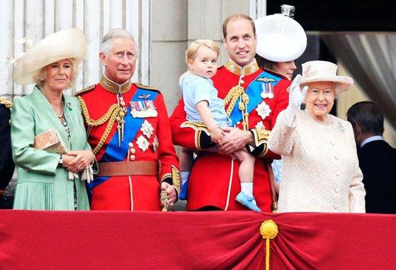 Imaginea articolului Regina Elizabeth a II-a şi-a anunţat succesorul la conducerea Comunităţii Naţiunilor (Commonwealth)