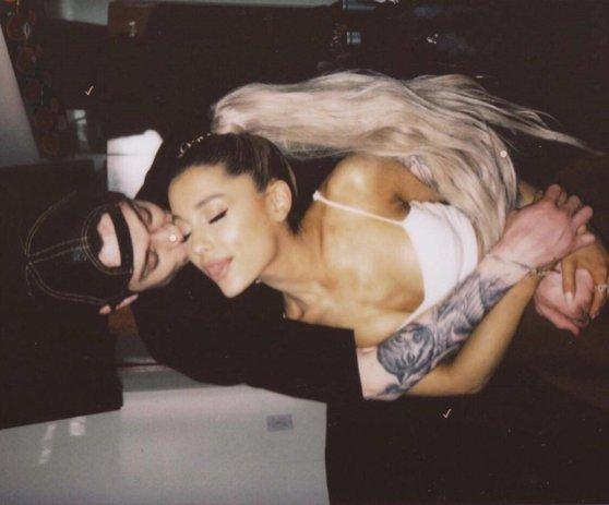 Imaginea articolului Ariana Grande şi Pete Davidson s-au logodit după o relaţie de câteva săptămâni