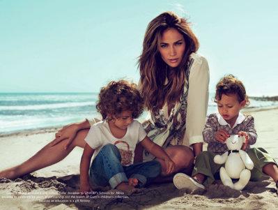 Gemenii lui Jenifer Lopez au debutat in lumea modei