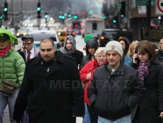 Imaginea articolului Numărul locuitorilor de pe Glob a ajuns la 7 miliarde. Cât de mult înseamnă de fapt? Moduri inedite de a aprecia valoarea - VIDEO