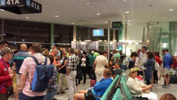 Imaginea articolului Romanian Tourists Stuck In Lisbon Return To Bucharest Monday Evening
