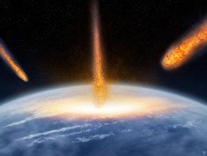 Terra, lovită de asteroizi uriaşi. Urmele sunt încă vizibile