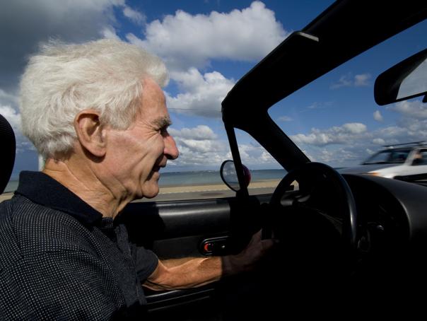 Cum să trăieşti 150 de ani. SECRETUL LONGEVITĂŢII, dezvăluit de un om de ştiinţă