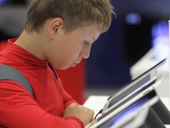 Imaginea articolului Ce efecte au asupra copiilor tabletele sau smartphone-urile