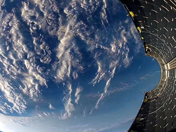 Imaginea articolului SpaceX, compania americană pentru realizarea transportului public în spaţiu, a lansat un satelit bulgar de televiziune
