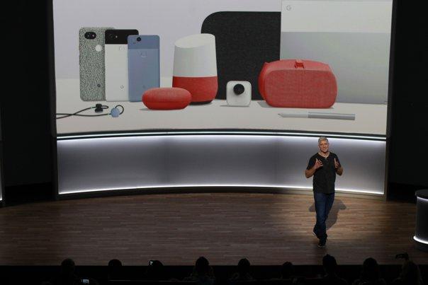 Imaginea articolului Răspunsul lui Google la iPhone 8. Cum arată smartphone-urile Pixel 2 şi Pixel 2 XL