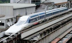 Trenul care face o călătorie de 287 de kilometri în 40 de minute