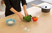 Ikea prezintă masa de bucătărie a viitorului. VIDEO