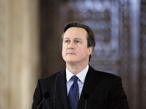 """Uniunea Europeană dă lovitura de graţie Marii Britanii şi le spune englezilor """"au revoir"""""""