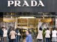 """""""Diavolul"""" nu se mai îmbracă de la Prada? Brandul italian de lux înregistrează scădere după scădere, iar criza nu este singurul vinovat"""