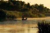Bloomberg: Turismul românesc renaşte din propria cenuşă. Îl lasă în urmă pe Dracula şi ţinteşte spre peisajele care îţi taie respiraţia de pe Dunăre