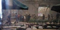 S-a prăbuşit bursa din Jakarta. La propriu. Tavanul clădirii în care se afla bursa Indoneziană a căzut, rănind 72 de persoane
