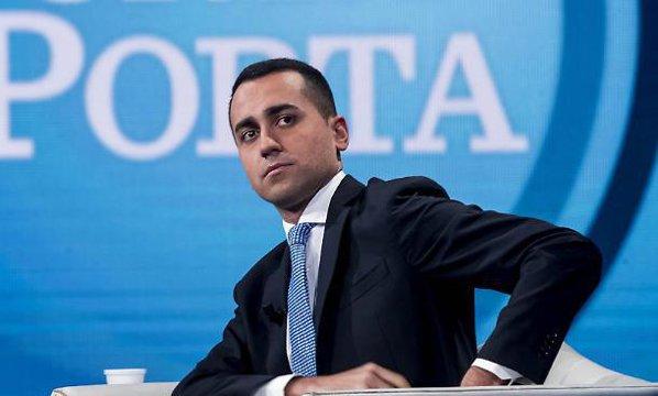 Luigi di Maio, faţă în faţă cu Silvio Berlusconi. Cine este noua stea a politicii italiene: La numai 31 are toate şansele să devină următorul premier al Italiei