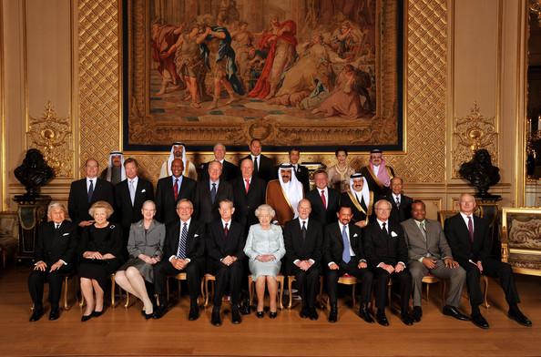 """Topul celor mai bogate familii regale din Europa, cu averi de miliarde de dolari. """"Monarhia"""" din Marea Britanie nu este nici măcar în top trei"""