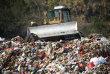 Cât de mare este problema deşeurilor plastice şi cum ajunge lumea o groapă de gunoi? Omenirea produce peste 14 milioane de tone de plastic folosit în fiecare an, adică peste 8,5 milioane de maşini aşezate unele lângă altele