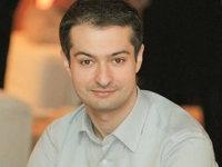Opinie Bogdan Dumitrescu, ASE:  Sunt banii voştri în joc. Care este randamentul Pilonului II de pensii?